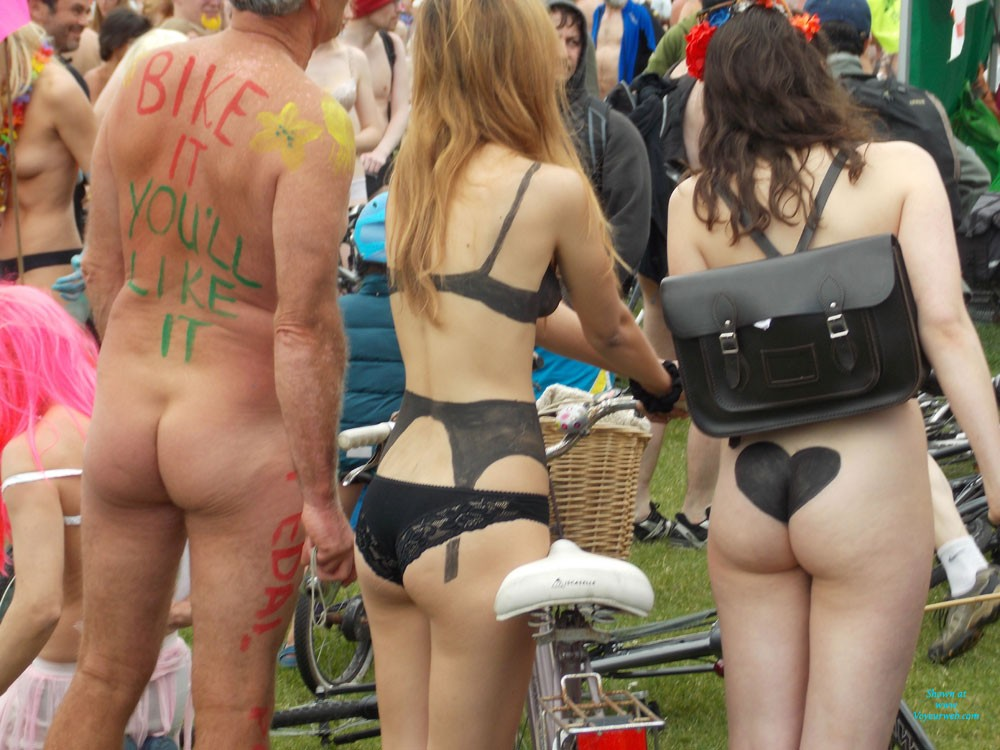 Naked Bike Ride Brighton UK - Nude In Public , What I Saw