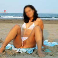 Divissima Bikini - Pussy, Beach, Bikini Voyeur, Brunette, Shaved