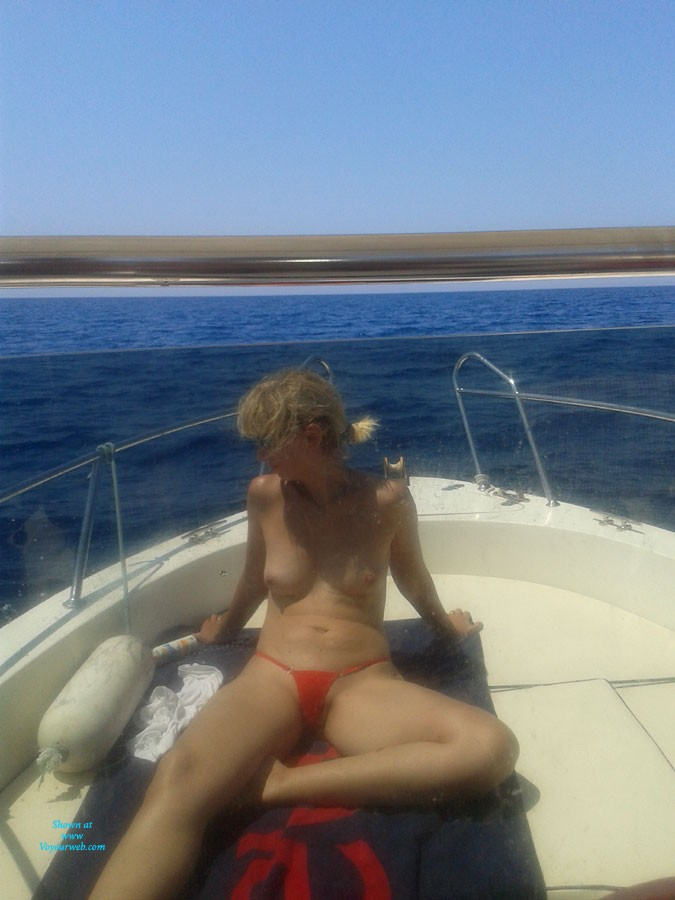Pic #1Nude in My Boat - Outdoors, Bikini Voyeur, Blonde, Medium Tits, Pussy