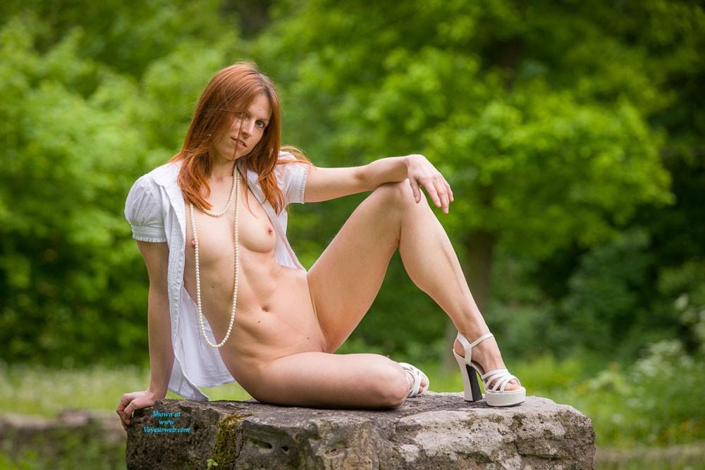 Pic #1Pearls - Redhead, Nature, High Heels Amateurs, Hard Nipples, Beautiful Ass, Long Legs, Medium Tits