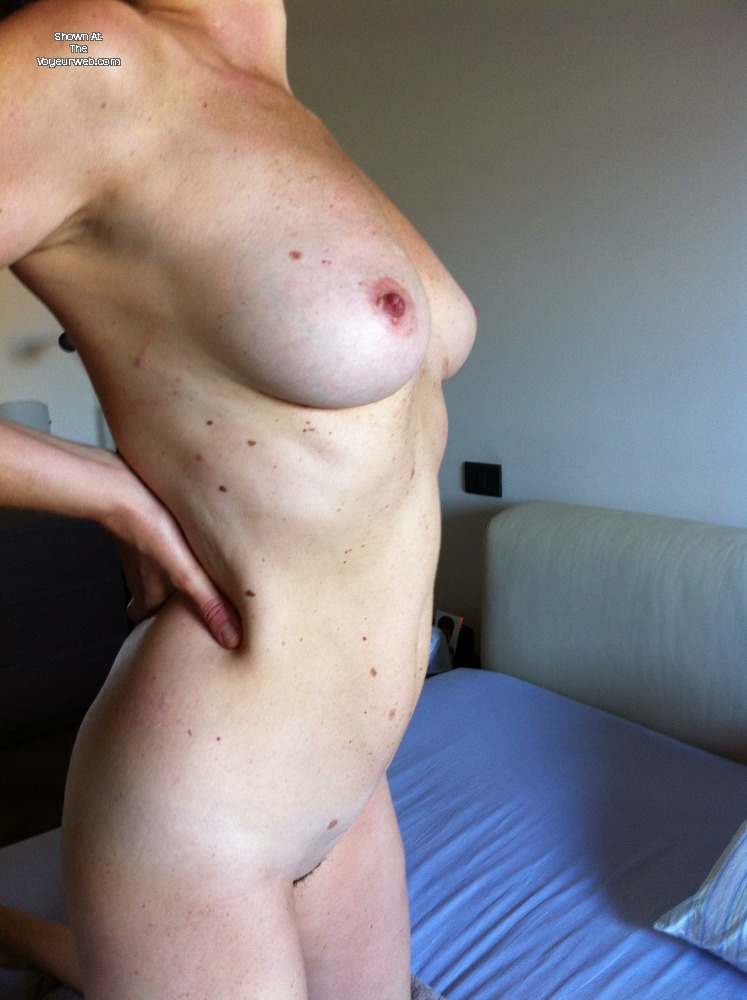 Pic #1Large tits of my wife - complici1927