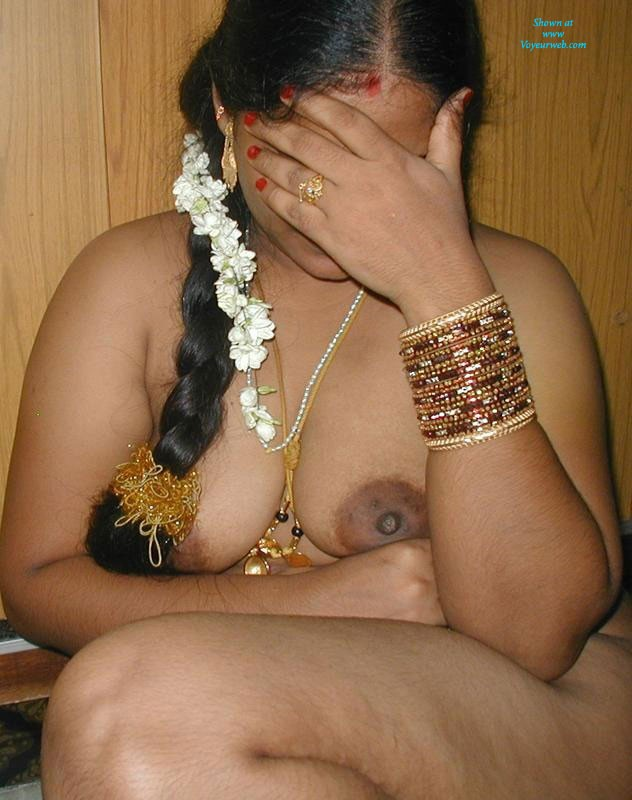 Indian Aunty - September, 2013 - Voyeur Web-5338