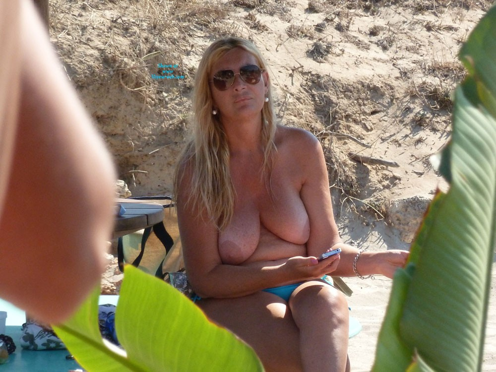 Boob in Salento-Italy 2013 a - Blonde Hair, Perfect Tits, Wet, Beach Voyeur, European And/or Ethnic , Ho Passato Una Splendida Settimana Di Vacanze Sulle Spiagge Dell'estremo Su Dell'Italia In Puglia...in Salento...purtroppo Quest'anno Meno Topless Più Famiglie Mare E Vino Sempre Ottimi...l'anno Prosimo Ritorno A Formentera..paradiso Delle Tette?  I Spent A Wonderful Holidays On The Beaches Of The Far On Italy's In Apulia ...Salento ... Unfortunately This Year Less Topless More Families But Always Excellent Wine&sea ... Year Big Return In Formentera/Spain.boobs Paradise?