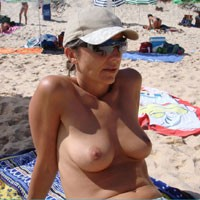 Free at The Beach - Bikini, Brunette Hair, Perfect Tits, Beach Voyeur , Proud Of Her Tits At The Beach !