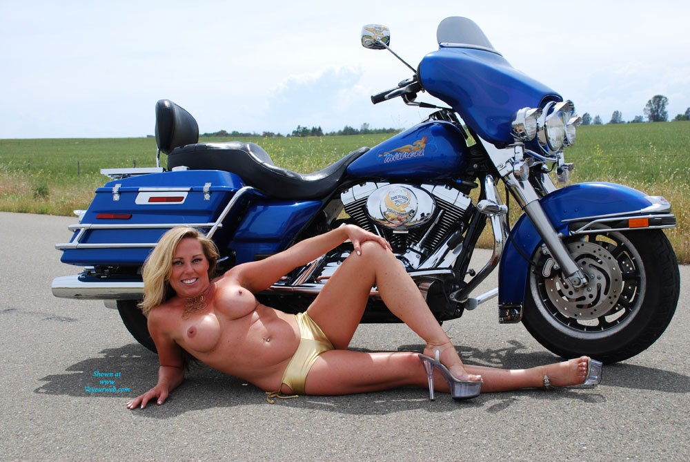 Babe in a Bikini On a Bike - Big Tits, Bikini, Blonde Hair , I Agreed To Do A Photo Shoot For A Friend.  These Are The Results.  If You Like Them, Please Vote For Me.  I May Post More!!  ;)