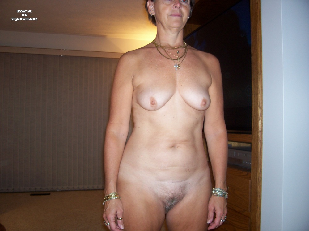 natural large tits wife