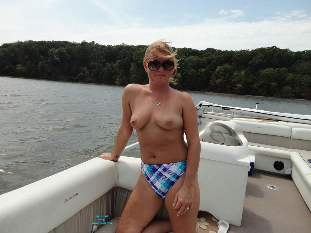 Sex On The Water - Big Tits, Bikini , She Loves To Be Nude Outside, So We Have Taken A Lot Of Pictures Out Side And A Few In. Good Hot Comments Gets More