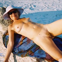 Linda at The Beach - Big Tits, Beach Voyeur , Here Is A First Look At Linda.  Nude On Destin Beach