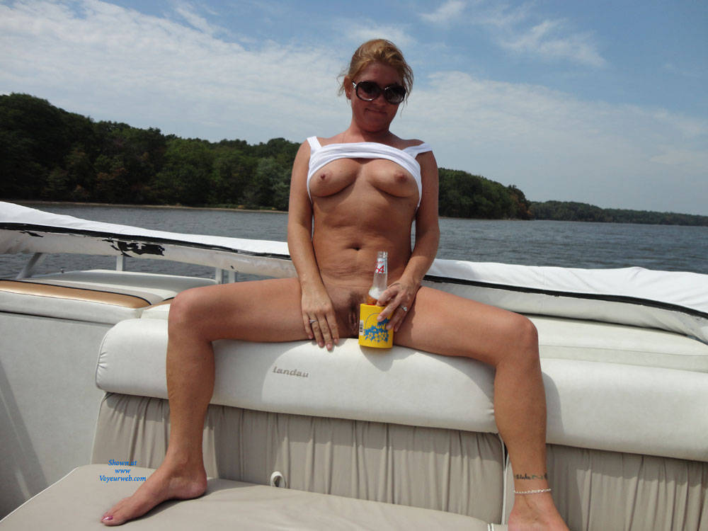 Sex On The Boat - Big Tits , Last Summer, Two Other Girls With Us But Not In These Pic's, My Bf Loves For His Friends To Go With Us So They Can See Me Naked, I Blow One Of Them Last Summer, He Loved Watching And Wants Me To Do More, If You Can Guess What Lake In Il We Are On I'll Send You Some Nasty Pictures. Love Ya All
