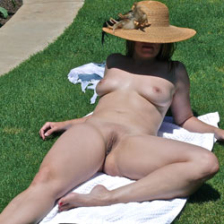Apples Outside - Big Tits, Nude Outdoors, Shaved, Wife/wives , She Did These For Her Lucky Hubbie