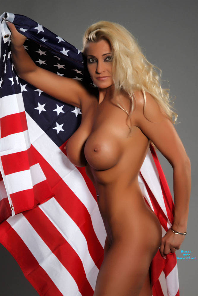 hot-horny-american-girls