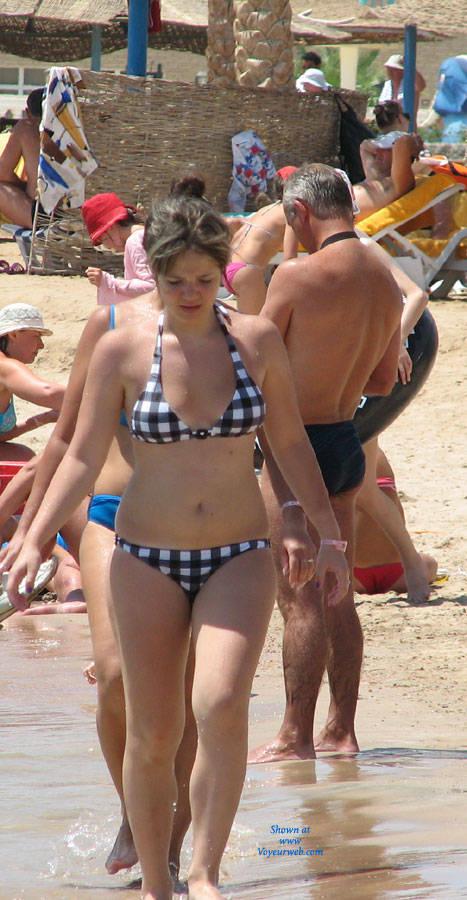 Pic #1Egypt Beach Girls - Beach, Bikini Voyeur