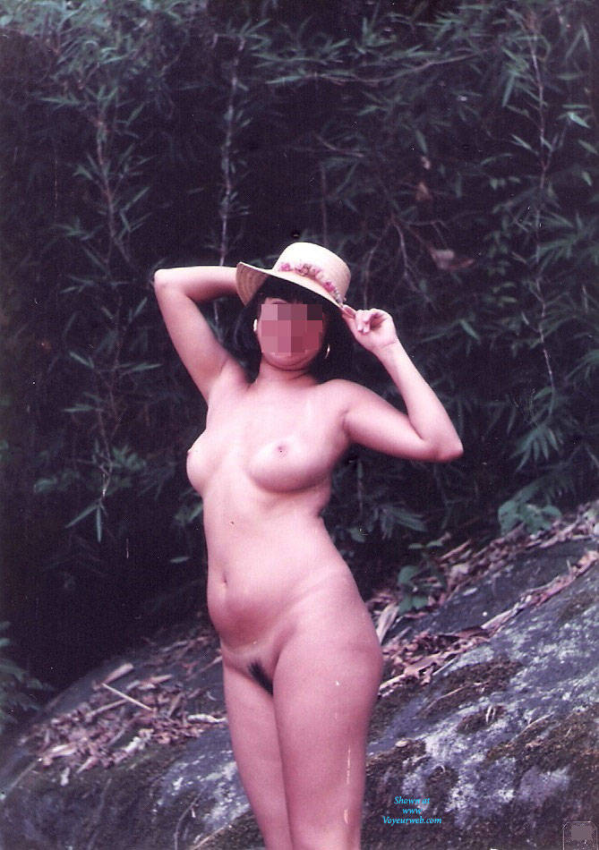 Pic #190's Brazilian Wife - Brunette, Nature, Wife/wives