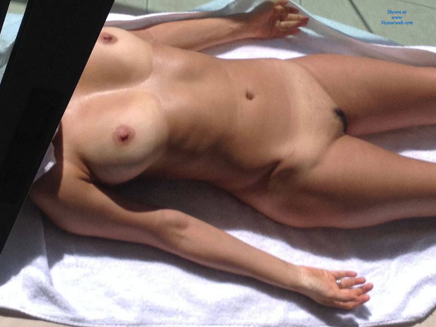 Nude men tanning bed