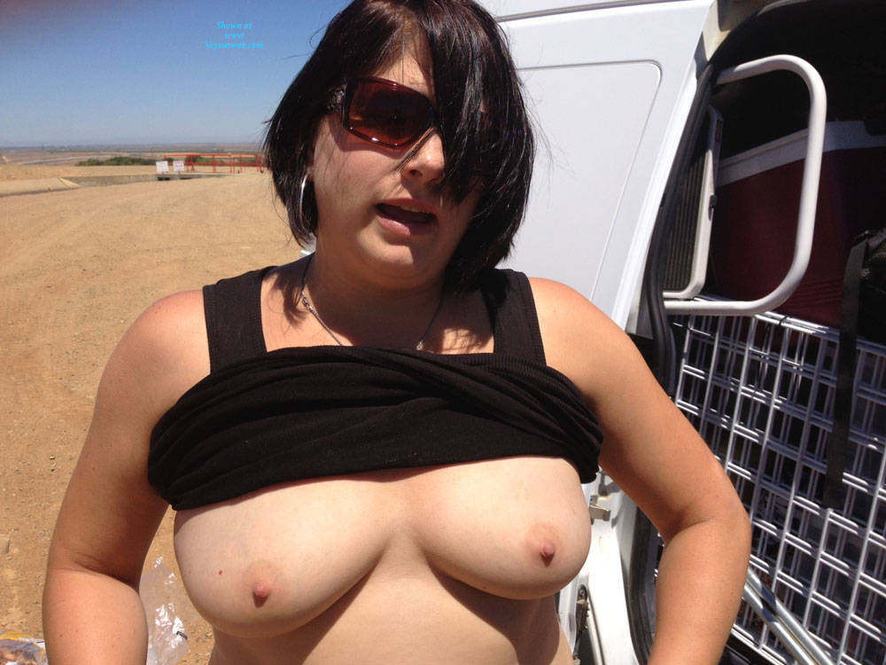 Pic #1Car Fun - Big Tits, Brunette