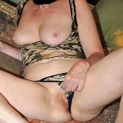 Sara In Camo - Big Tits, Shaved