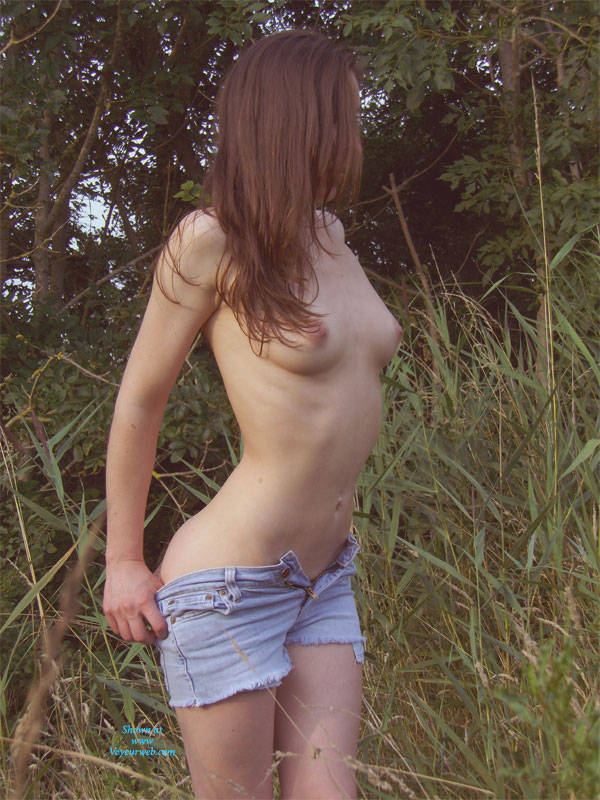 The Picking - Nude In Public, Strip , When It Is Warm, I Cannot Refrain From Leaving My Clothes.