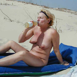 Nipple Queen - Beach, Big Tits, Blonde