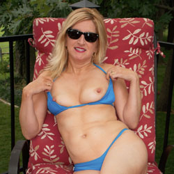 Jinxxx - Royal Blue WW I - Big Tits, Bikini, Blonde Hair, Heels , An RC Friend Sent Me This Sexy Little Wicked Weasel Bikini...so Vlad And I Had A Little Fun On Our Deck...hope You Like!!! Here's Part I...