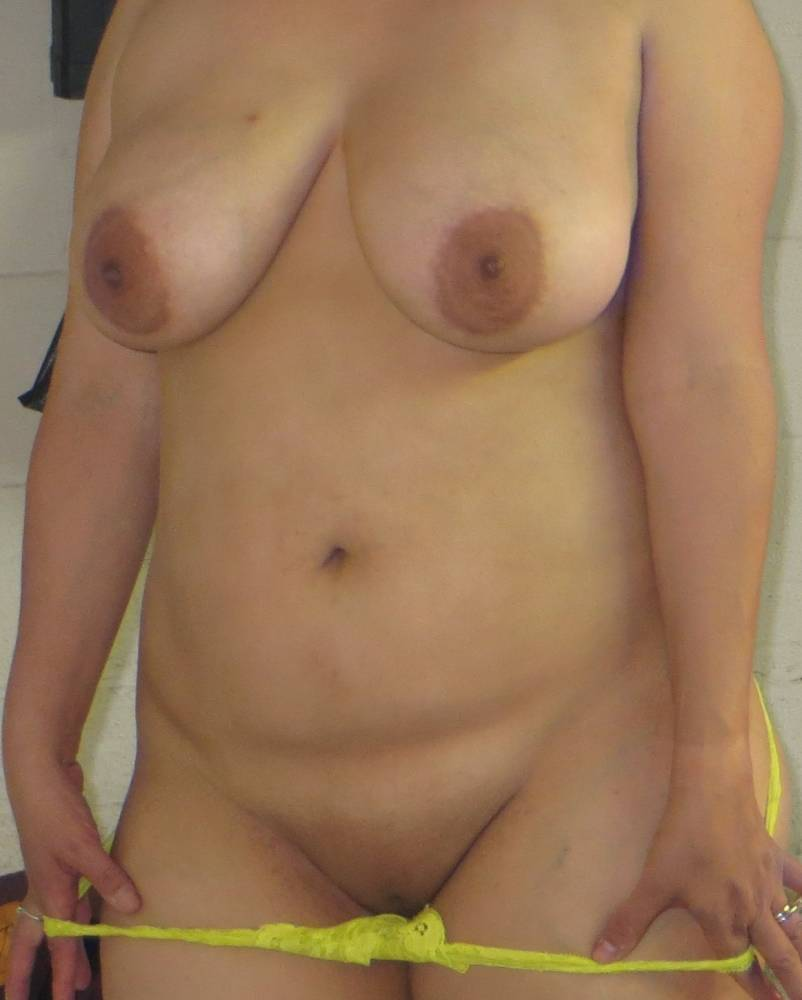 Pic #1Large tits of my wife - Cherrry