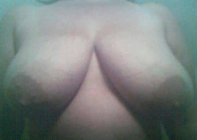 Pic #1Large tits of my wife - susan