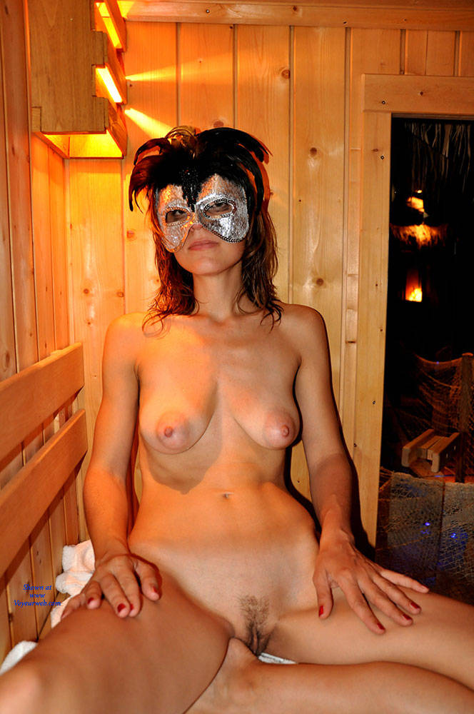 Valentina And Sauna - Big Tits, Brunette Hair , Brunette, Natural Tits, Medium Tits.