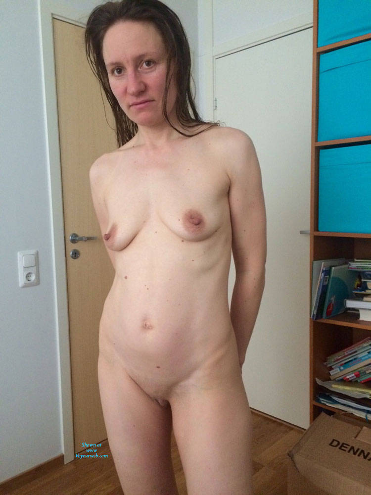 Pic #1First Post! - Brunette, Shaved