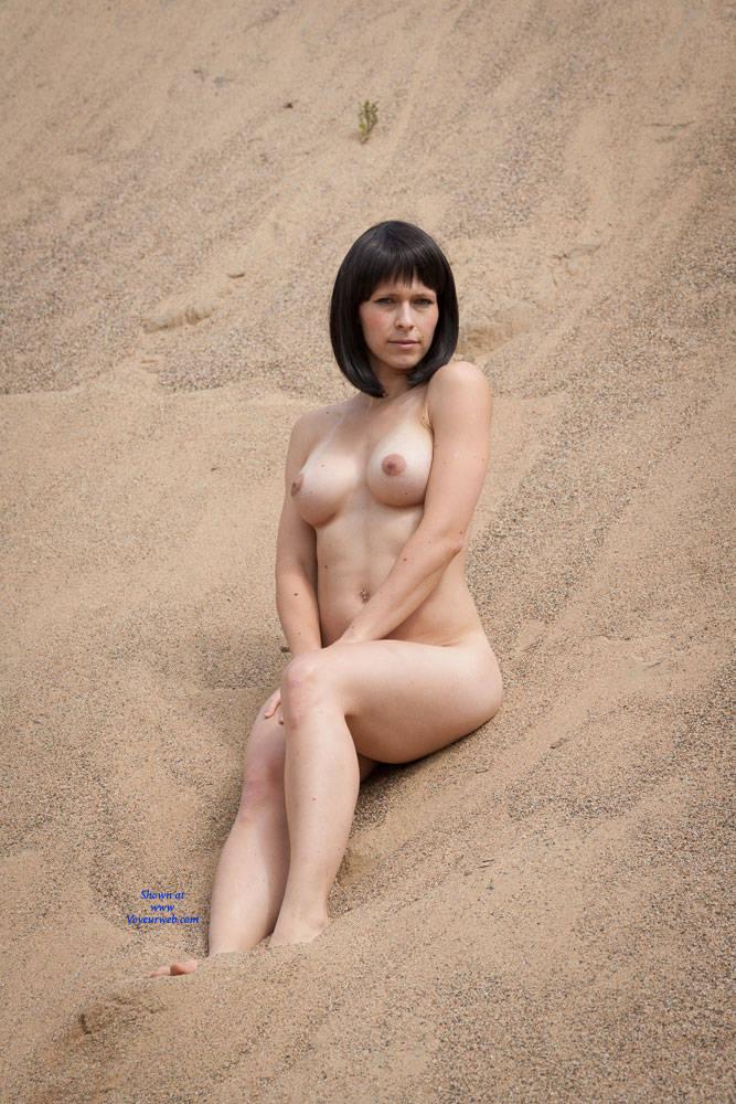 Pic #1Duna - Big Tits, Brunette