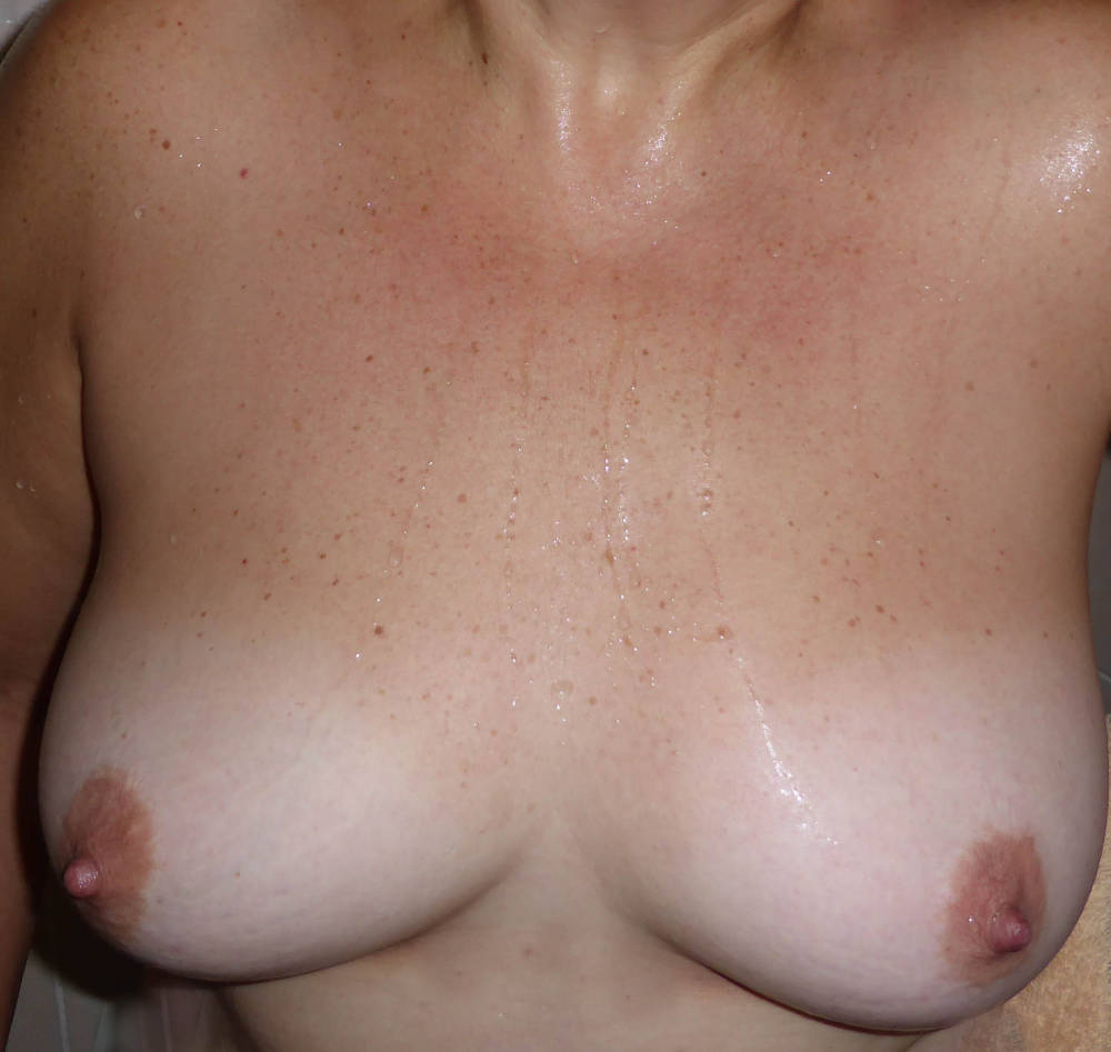 Pic #1My medium tits - suzy
