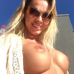 Big Tits Under The Sun - Big Tits, Blonde Hair, Exposed In Public, Firm Tits, Flashing Tits, Flashing, Huge Tits, Nude Outdoors, Perfect Tits, Showing Tits, Sunglasses, Hot Girl, Sexy Boobs, Sexy Face, Sexy Girl , Blonde Girl, Nude, Outdoor, Sunglasses