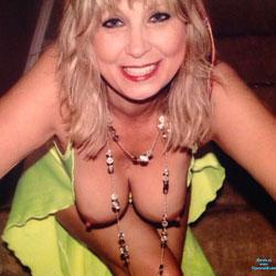 Feeling Sexy - Big Tits , Blonde, Milf, Horny Cougar, Sexy