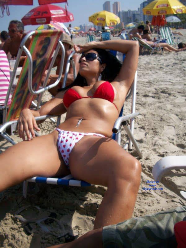 Pic #1Cada Uma Beleza em Seu Lugar - Beach, Bikini Voyeur