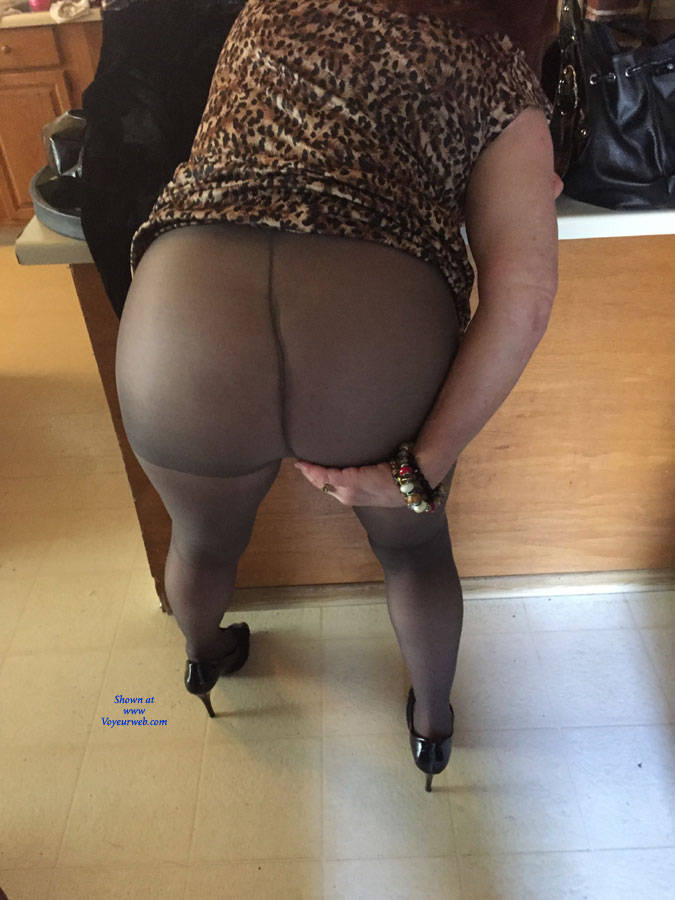 wife pantyhose video