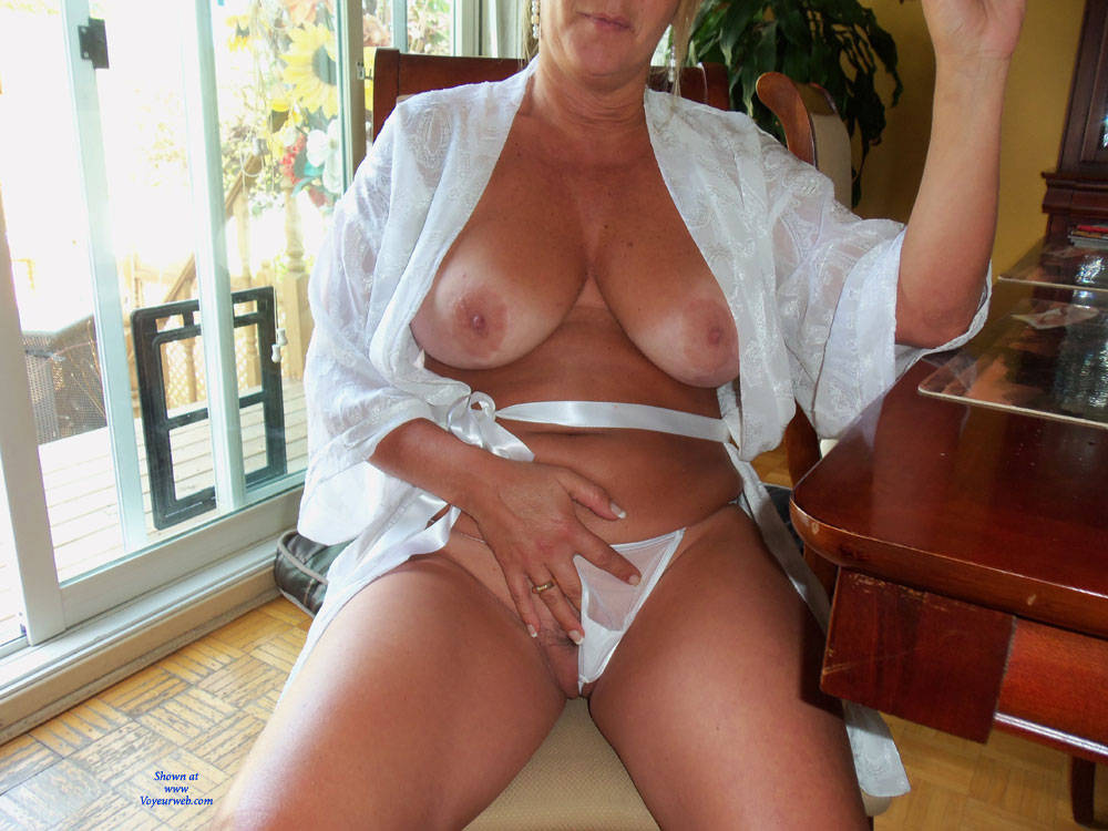 free nude sexy female bodybuilders