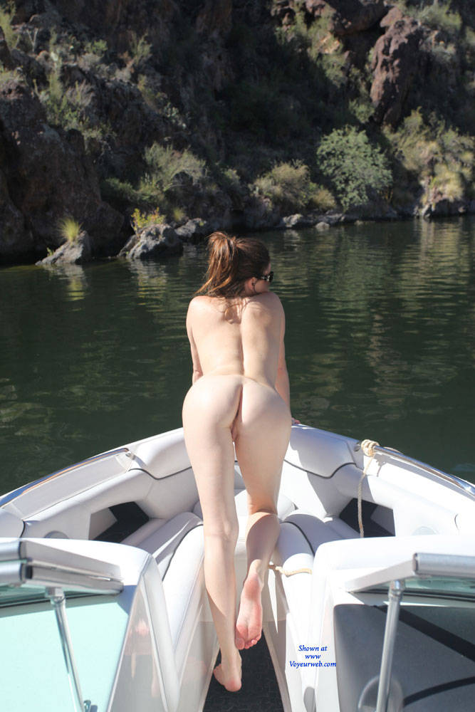 lake boat Naked girls