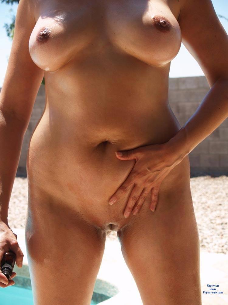 Same, infinitely Oiled wife tan lines