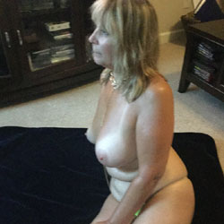 All Oiled Up - Big Tits, Tattoos