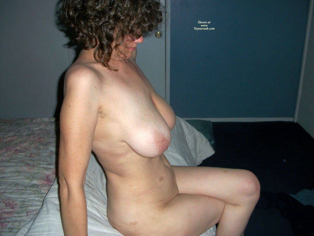 New female pissing pictures-6774