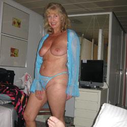 Tit fuck photos wife