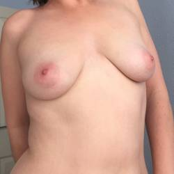 Medium tits of my wife - Katie999