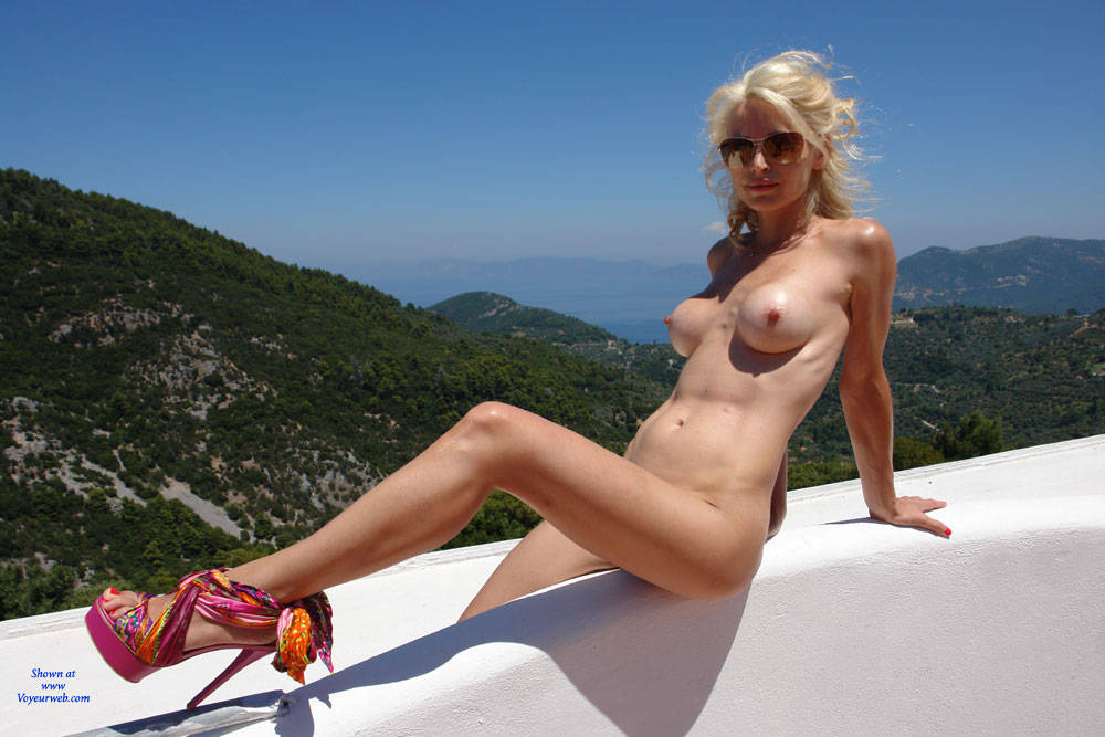Accept. voyeurweb blonde outdoors for that