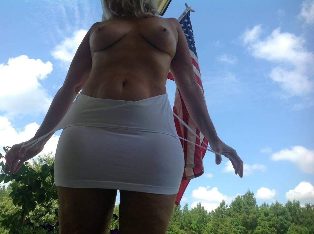 Pic #1Large tits of my wife - Mrs Sinemetu