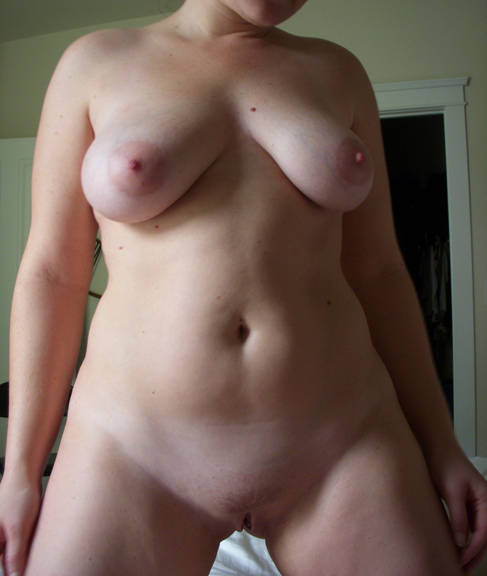 Pic #1Large tits of my wife - Stacey