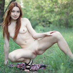 Vivienne 4U - Medium Tits, Outdoors, Redhead, Shaved