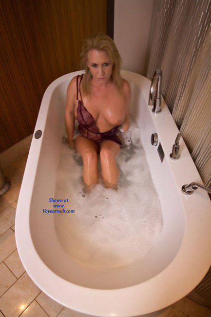 Nude Blonde Girl Bathing - Blonde Hair, Flashing Tits, Huge Tits, Indoors, Perfect Tits, Showing Tits, Wet, Hot Girl, Sexy Boobs, Sexy Face, Sexy Figure, Sexy Legs , Bathing, Blonde Girl, Nude, Wet, Big Tits, Sexy Legs