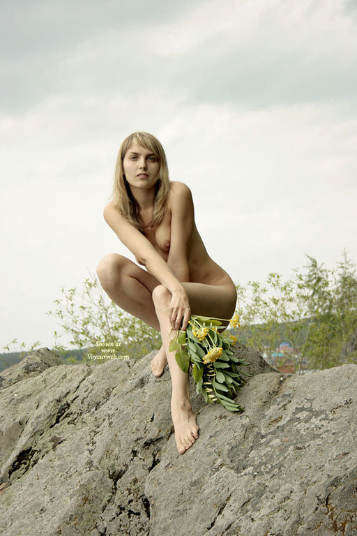 Long Legged Nude Blond Girl Squatting On A Rock - Blonde Hair, Long Legs, Naked Girl, Nude Amateur , Naked Outside, Classic Blond, Looking Into Camera, Perched On A Rock, Crouching Naked Blonde, Kneeling Nude On Rocks, Nicely Proportioned, Slim And Trim, Very Long Legs, Thin Blonde Model