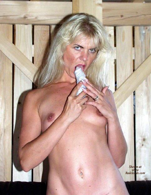 Pic #1Coco French Exposed Web Slut - Masturbation And Toys - Blonde, High Heels Amateurs, Masturbation, Toys