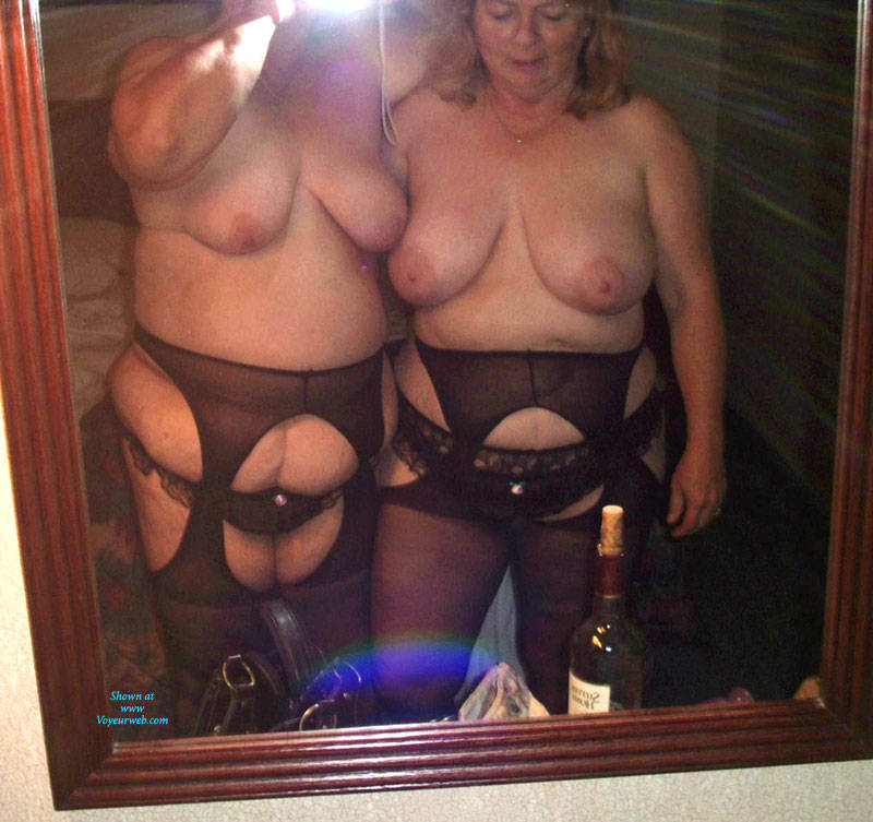 My friend039s bbw cousin playing with herself 4
