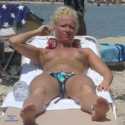 Topless Blonde At The Beach - Bikini, Blonde Hair, Firm Tits, Hard Nipple, Nipples, Nude Beach, Beach Tits, Beach Voyeur, Sexy Body, Sexy Girl, Sexy Legs , Blonde Girl, Topless, Firm Tits, Sun Bathing, Sexy Legs