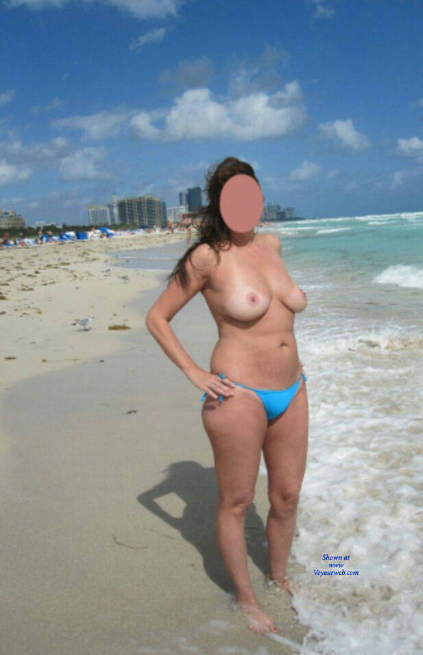 beach wife topless
